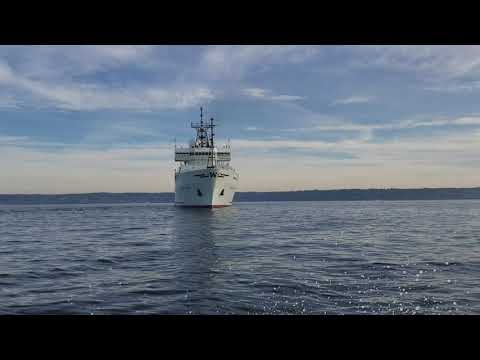 Global Research Vessel Thomas G. Thompson conducting sea trials in Puget Sound, Washington