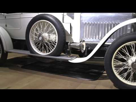 'World's original sports car' up for auction   BBC News