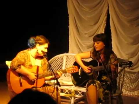 Забери - Александра и Анастасия Макарские