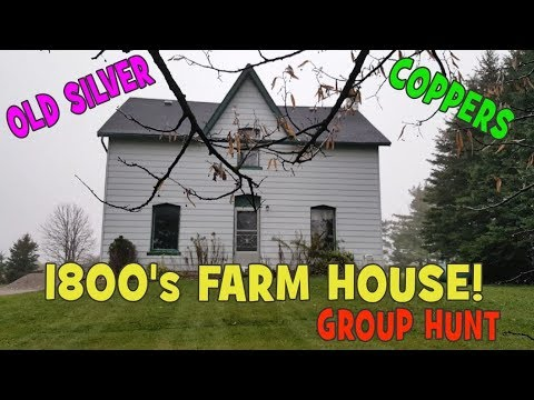 Metal Detecting An 1800's Farmhouse - Group Hunt - Silver Coins - Coppers