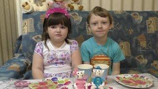Красивый и Вкусный  Торт КИТТИ на День Рождения Вероники! Обзор интерактивной куклы TUTU DOLS