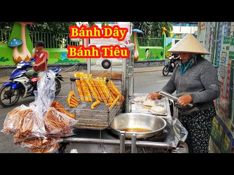 Xe bánh tiêu bánh Quẩy vỉa hè Sài Gòn của chị gái hiền lành   Saigon Travel