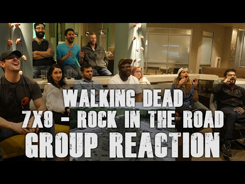 The Walking Dead - 7x9 Rock in the Road - Group Reaction