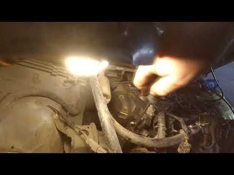 Тойота королла завышенные оборотыХХ ..подсос под клапаном ввти