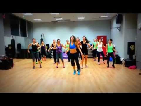 Moviendo Caderas- Reggaeton by Shiran ZUMBA