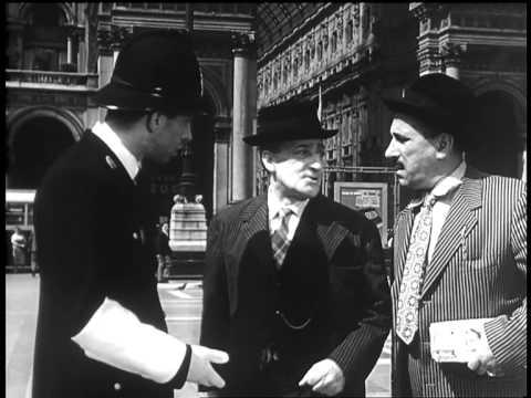 Totò, Peppino e… la malafemmina – TRAILER – Camillo Mastrocinque