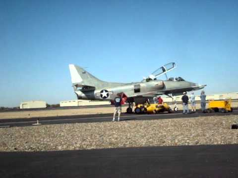 TA-4 Skyhawk First run of the engine