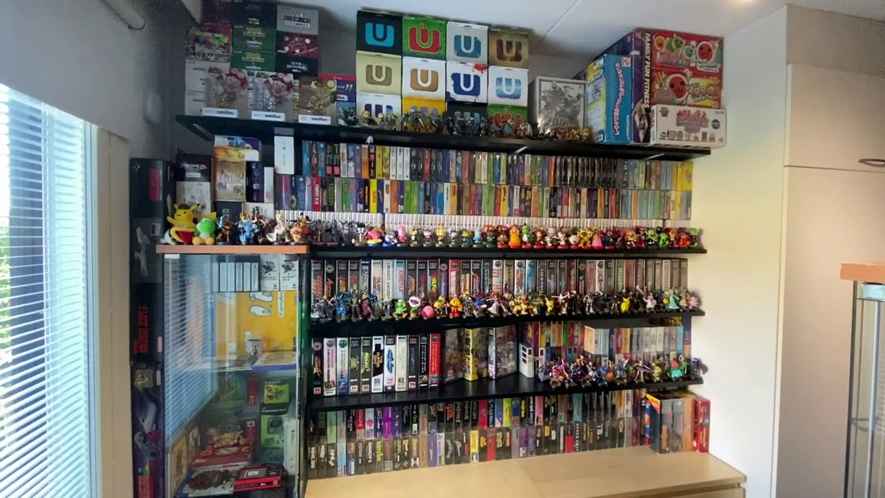 Tour of the NEW game room! (2600+ games)