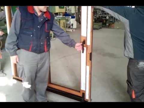Ventanas herraje de osciloparalela ventilable doovi for Puerta osciloparalela