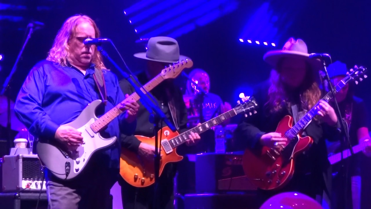 Purple Rain Into All The Young Dudes Reprise Govt Mule With