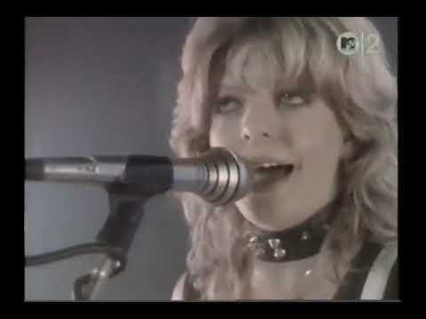Girlschool - 20th Century Boy