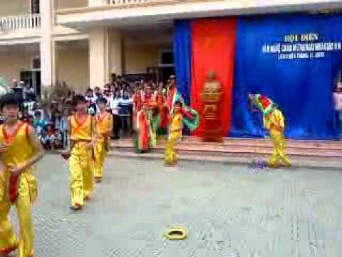 Văn nghệ 12A THPT Nam Yên Thành.mp4