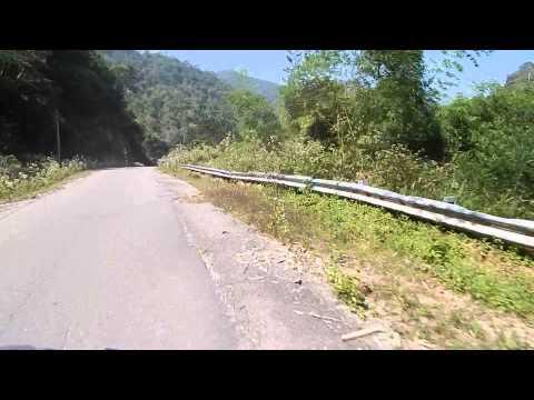 Băng qua rừng núi VQG Phước Bình