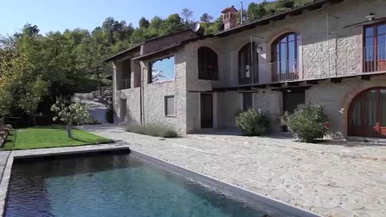 Luxury country house for sale in the piemonte region of for Country mansion for sale