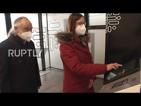 Austria: Clinic installs corona test vending machine in Zell am See