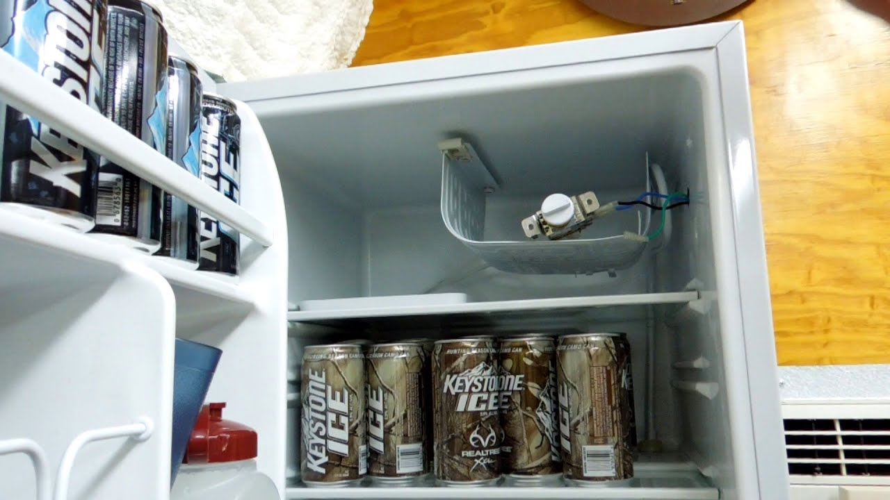 maxresdefault mini fridge stopped fixed it for $7 48 youtube red bull mini fridge wiring diagram at fashall.co
