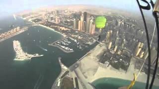 Прыжки с парашютом над дубаем