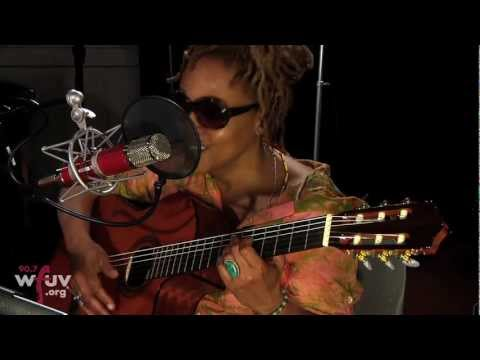 "Cassandra Wilson - ""Red Guitar"" (Live at WFUV)"