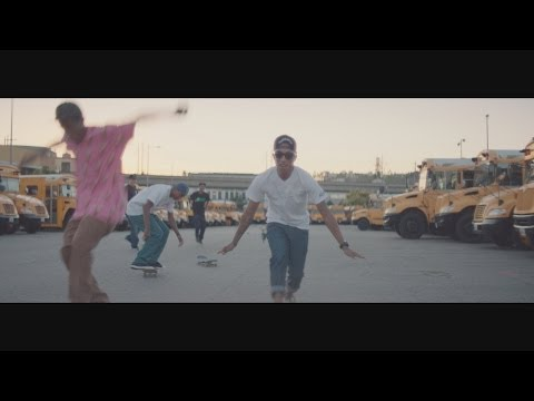 Pharrell Williams - Happy (5PM)