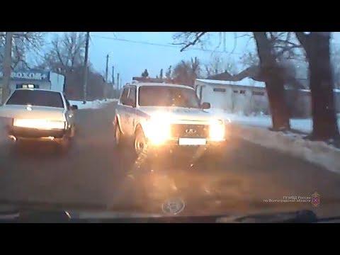 19-летний житель Котово устроил гонки с полицейскими