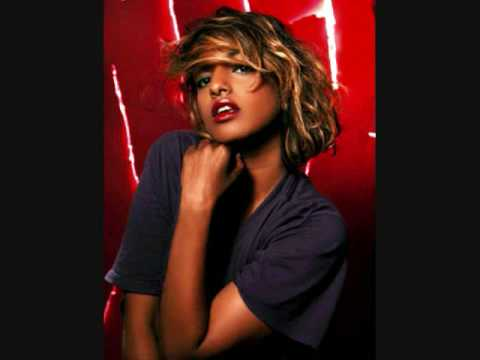 M.I.A.- Bucky Done Gun w/ lyrics