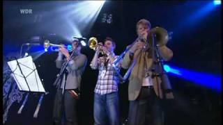 Mumford & Sons - 03 - Winter Winds (Haldern Pop 2010)