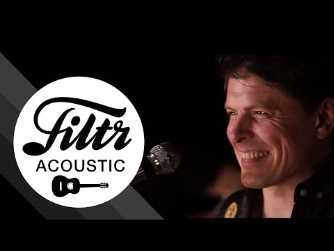 """Michael Patrick Kelly """"Shake Away"""" (Filtr Sessions - Acoustic)"""