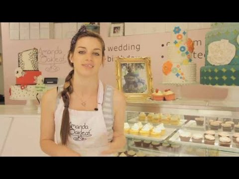 how-to-pick-frosting-|-cupcake-decorating