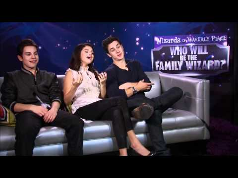 Selena Gomez and Cast Talk Wizards of Waverly Place Final Episode