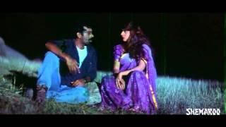 Deyyam Horror Movie Scenes - J D Chakravarthy & Maheswari romancing by the lake side - RGV