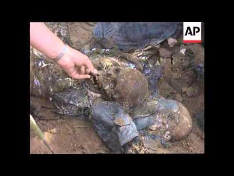 Bosnia - Exhumation Of Mass Graves