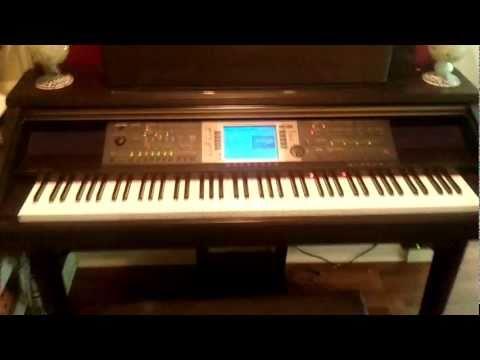 Yamaha Clavinova CVP-207 Digital Piano