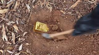 &quotGOLD BAR FOUND&quot