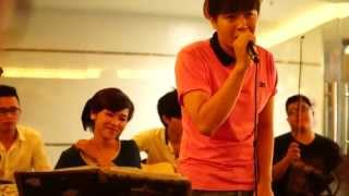 Toàn Thắng - Bài ca Mi Thứ ( Em) live in coffee Bean