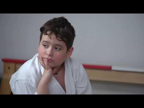 Константин Емельянов - тренер по карате для детей с аутизмом