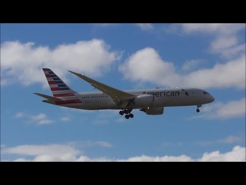 American Airlines - Boeing 787 - Landing - Auckland Intl. Airport