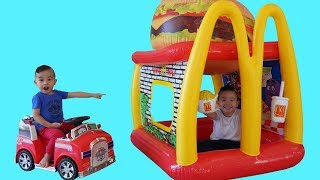 Giant Burger McDonalds Drive Thru Prank Pretend Play With CKN Toys