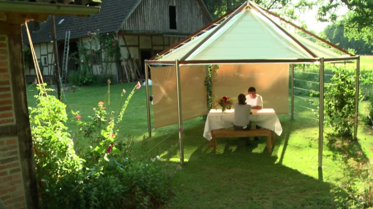 gartenpavillon mit bl tterdach wasserdicht. Black Bedroom Furniture Sets. Home Design Ideas