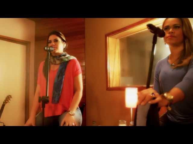 f162ec7415adf Atitude Feminina lança clipe da versão acústica de