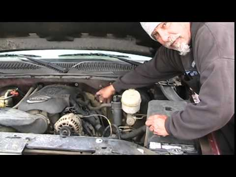 03 chevy oil leaking out of the valve covers easy fix youtube 03 chevy oil leaking out of the valve covers easy fix sciox Choice Image