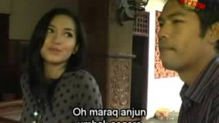 Download Video Erni & Ukiq Baok - Beleq Angen [Official Music Video] MP3 3GP MP4