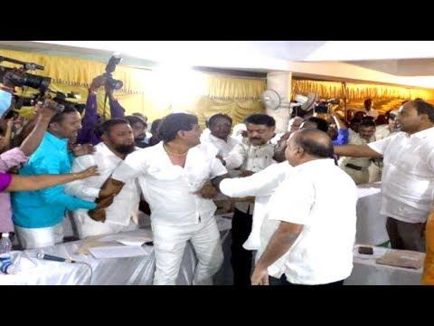 Bijapur Mahanagar Palika Me Hangama Corporaters Me Ladayi....! 06-10-2018