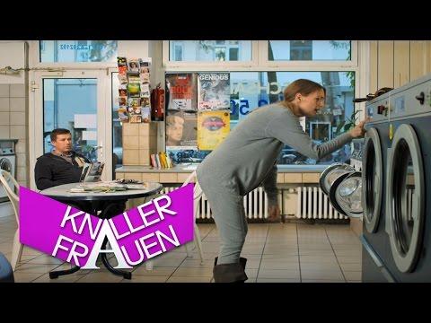 Knallerfrauen mit Martina Hill | Knallerwäsche [subtitled]