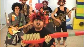 Rockarna Buse - Upp med händerna
