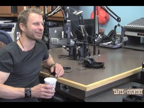 Dierks Bentley Defends His Prius - Interview with Taste of Country Nights