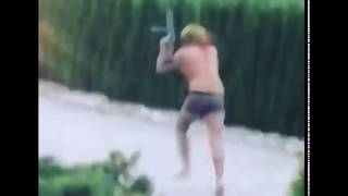 6IX9INE RUNNING WITH AK47
