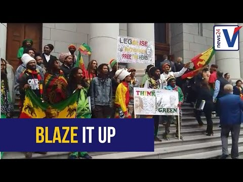 South Africans can legally smoke dagga in their homes