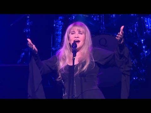 Stevie Nicks Surprises School of Rock Audience With  Performance