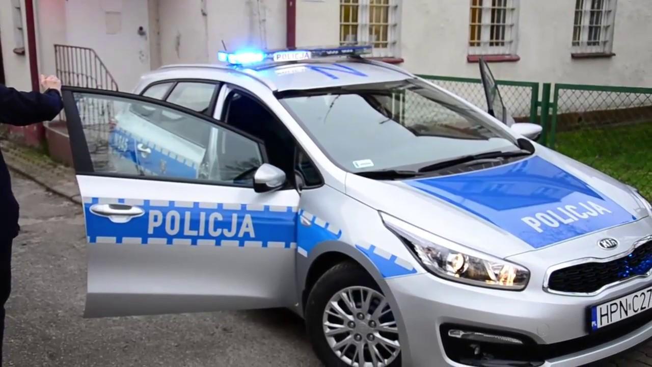 Nowy radiowóz policjantów w Potęgowie