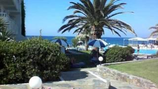 ARIADNE HOTEL A STALIDA CRETA AGOSTO 2008 ICUCCI(breve video girato nel giardino dell'hotel Ariadne a Stalida (vicino a Malia) CHE BELLO!!!, 2009-05-03T12:31:34.000Z)